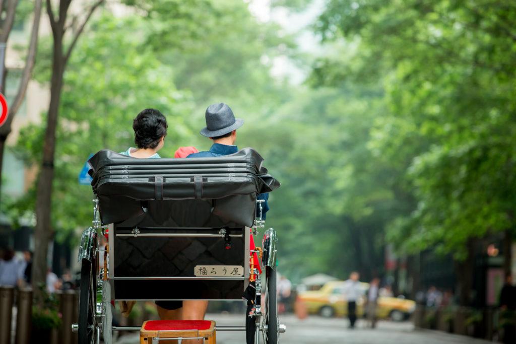 帝国ホテルとKIMONO QUEENの人力車宿泊プランが、予約開始となりました。